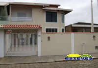 SOBRADO NOVO NO CENTRO A 150 METROS DA PRAIA. 04 dormitórios...