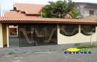 SOBRADO A 600 METROS DA PRAIA.  04 dormitórios (02 suítes, 01...