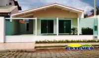 CASA TÉRREA A 250 METROS DA PRAIA. 03 dormitórios (01 suíte...