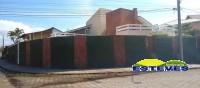 CASA TÉRREA EM 02 LOTES A 110 METROS DA PRAIA. 04 dormitórios...